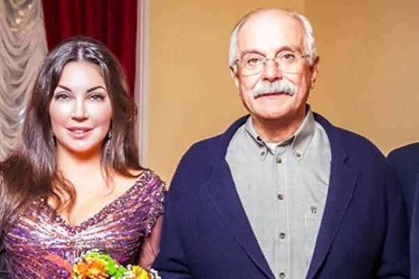Кто последняя любовь у Никиты Михалкова, которая моложе его на 30 лет?